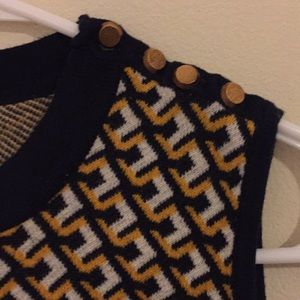Forever 21 Tops - Cute sweater tank top.